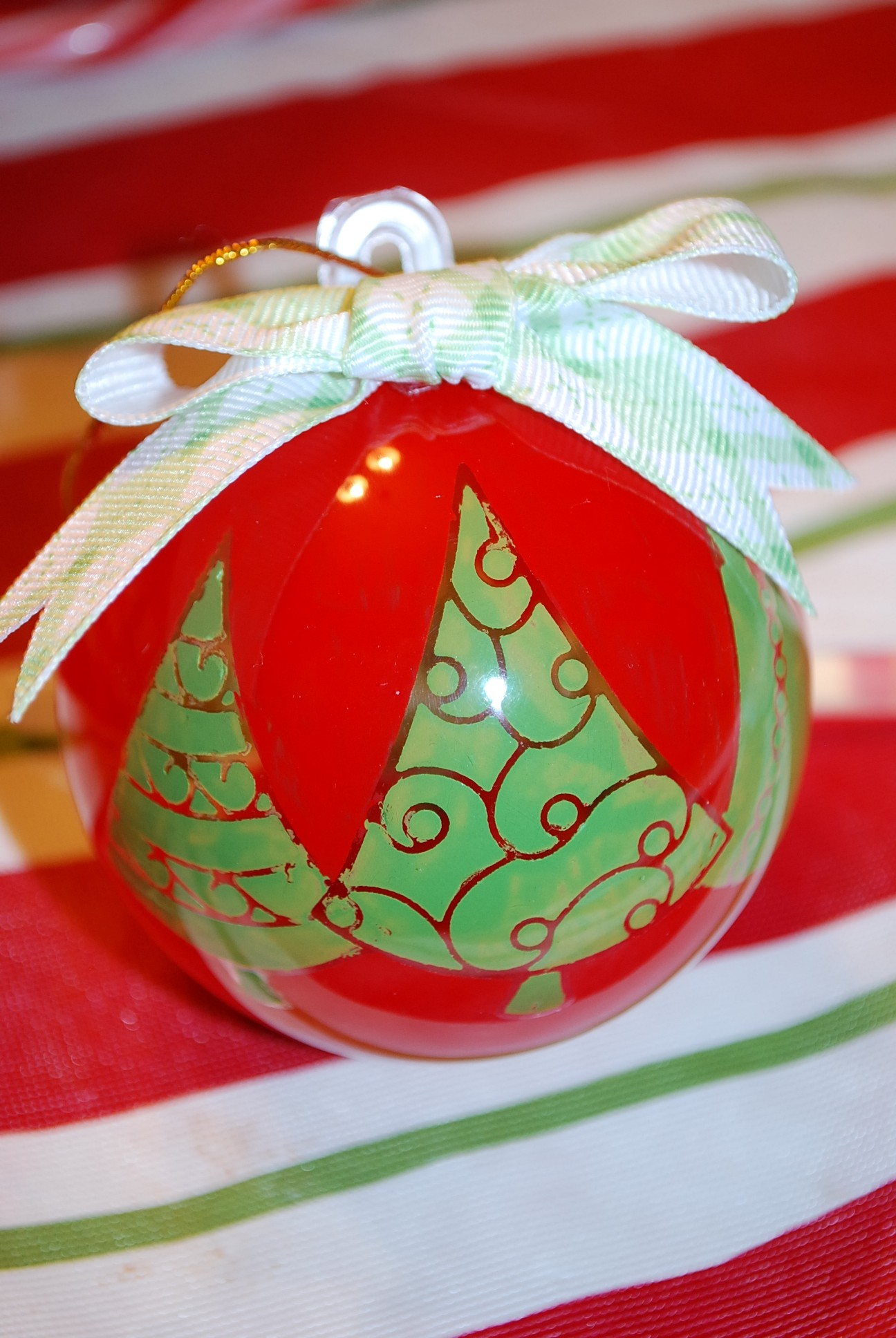Ornaments With Elizabeth Craft Designs By Sarah Little Tombow
