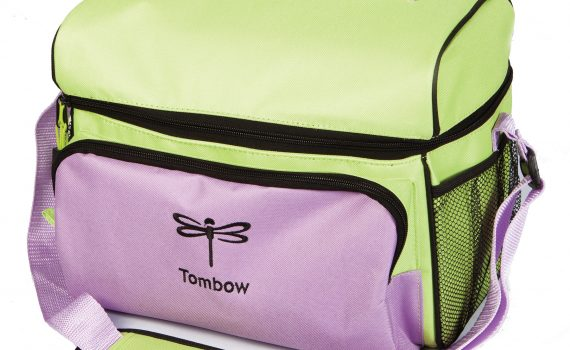 Tombow Storage Tote: Handlettering gifts from Tombow | Tombow Holiday Gift Guide | The best gifts for lettering from @tombowusa