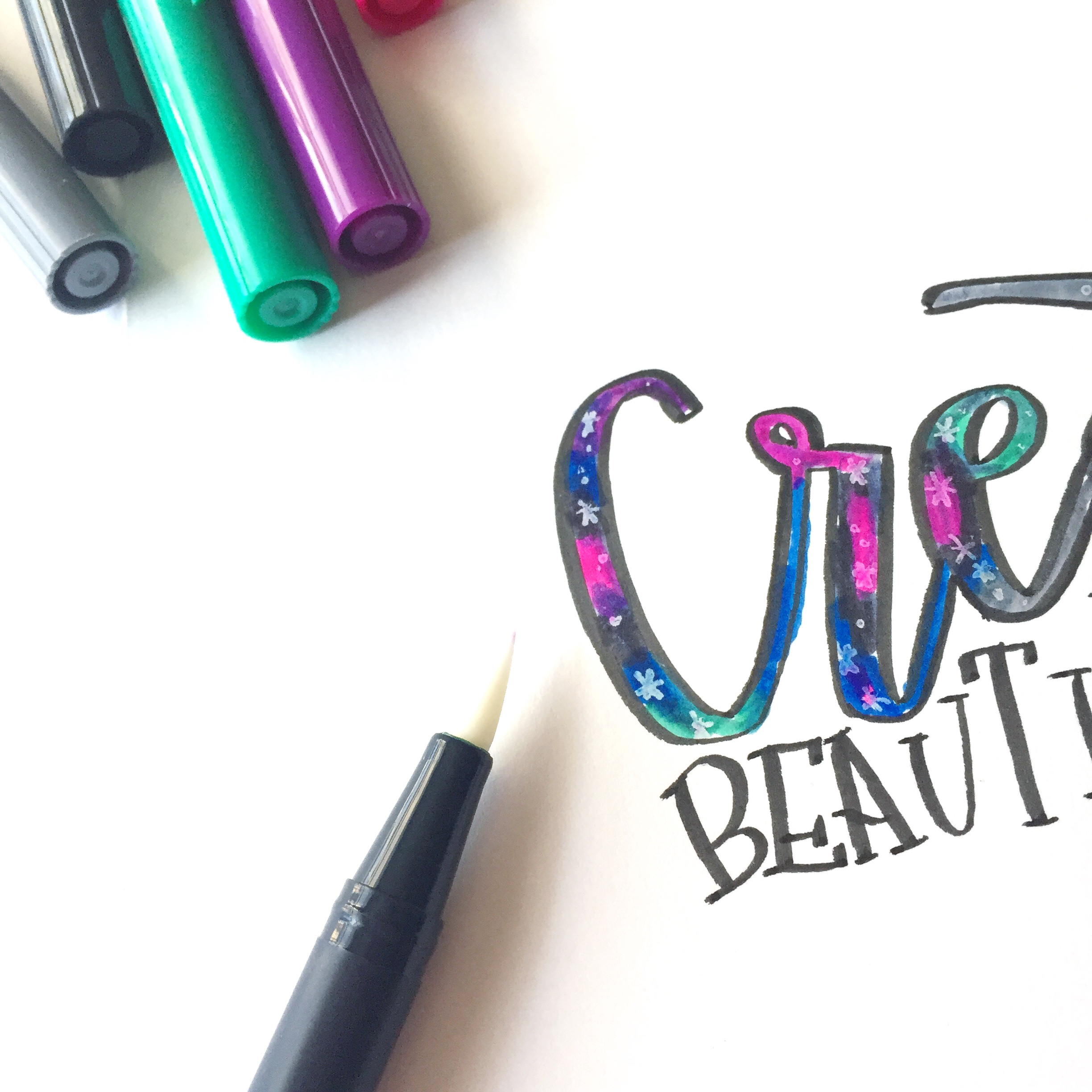 Lauren Fitzmaurice of @renmadcalligraphy gives you tips and tricks on how to create fun patterned lettering using the new Tombow Dual Brush Pen Galaxy and Pastel Palettes. For more tips and tricks, check out renmadecalligraphy.com.