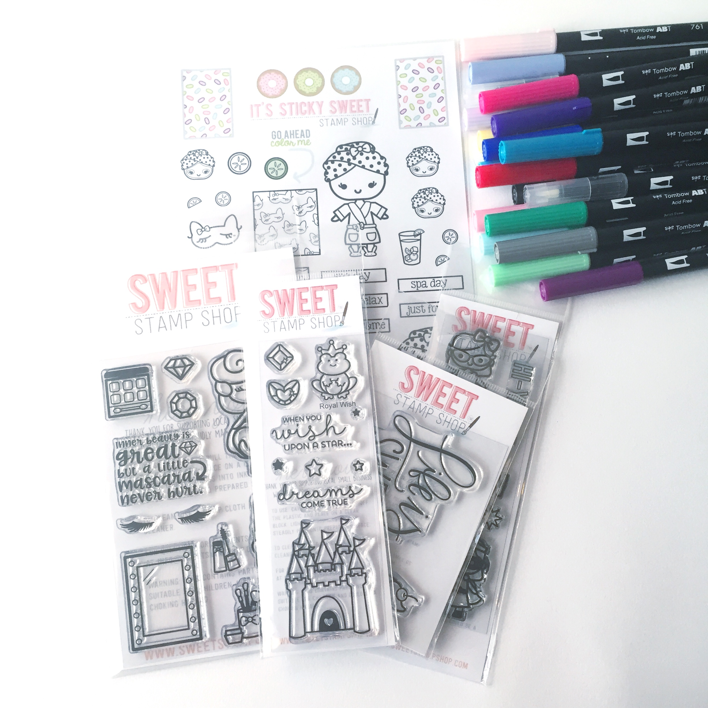Lauren Fitzmaurice of @renmadecalligraphy and Renmadecalligraphy.com shares how to use Tombow USA products paired with products from Sweet Stamp Shop to create easy planner stickers. For more information about the products used check out TombowUSA.com and Sweetstampshop.com.